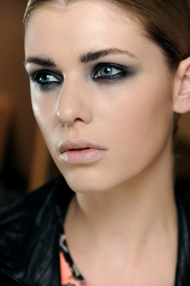 MAC Makeup Trends 2012 Spring-Summer