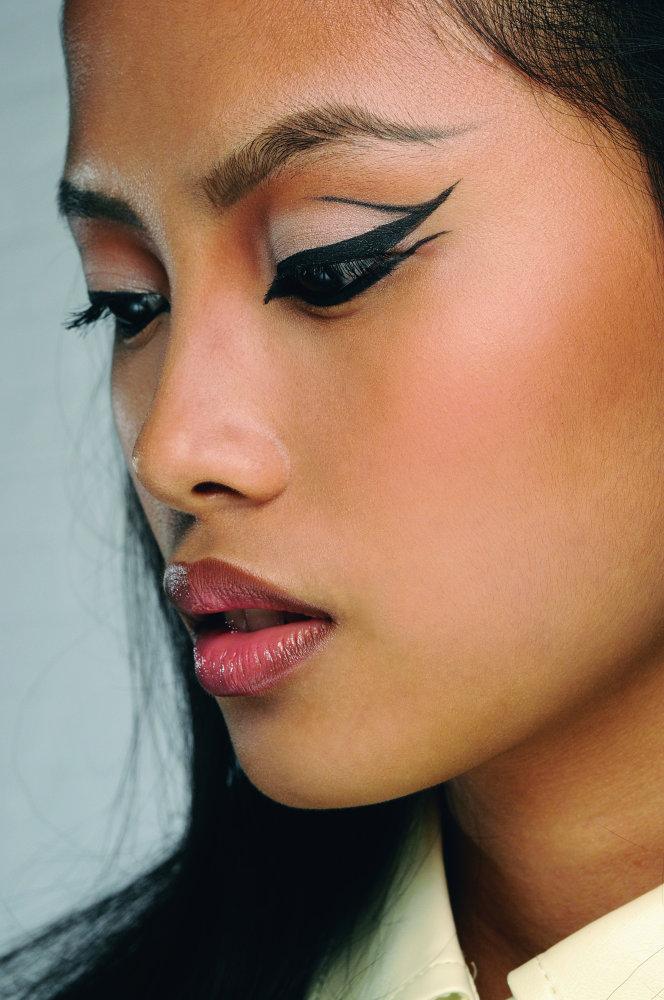Mac Makeup Artist Portfolio: MAC Makeup Trends 2012 Spring-Summer
