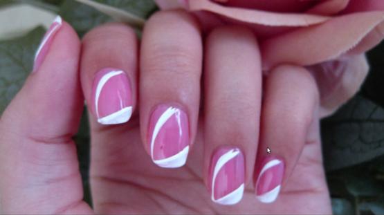 Simple Easy White Stripe on Pink Nail Art Closeup