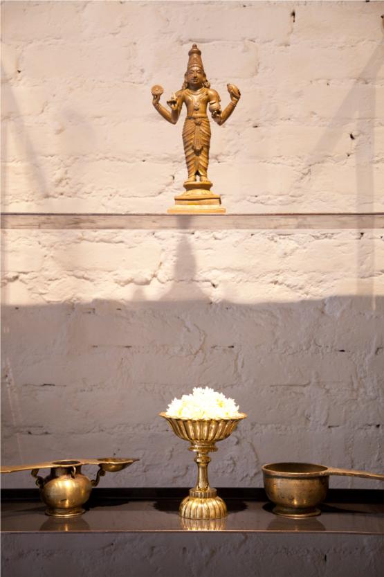 Kama Ayurveda Store Statue