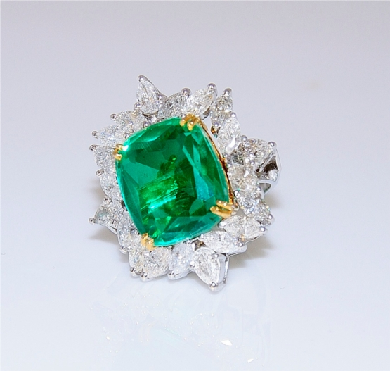 Bold Emerald Ring With Marquees And Pear Diamonds