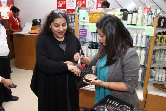 Nikita Sharma Make Up Expert  Demonstrating Limited Edition Party Make Up