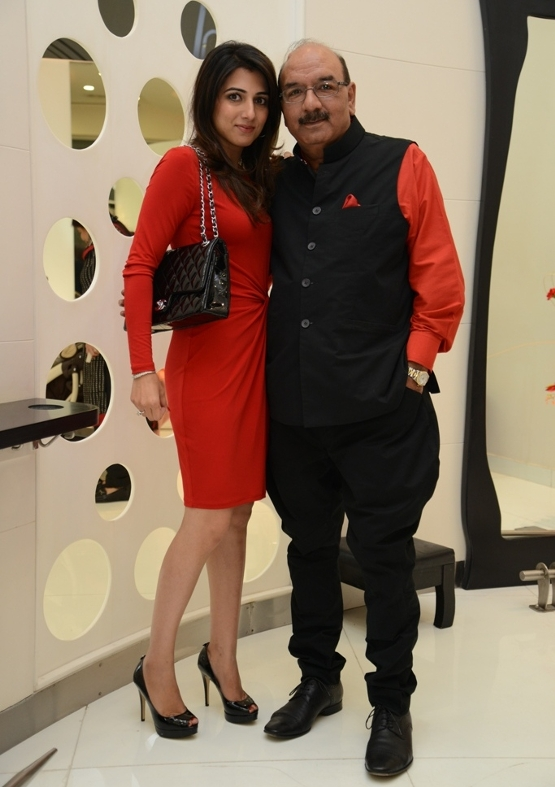 LEvo Spalon CEO Pranita Baveja with Director LEVO Mr Praveen Chugh