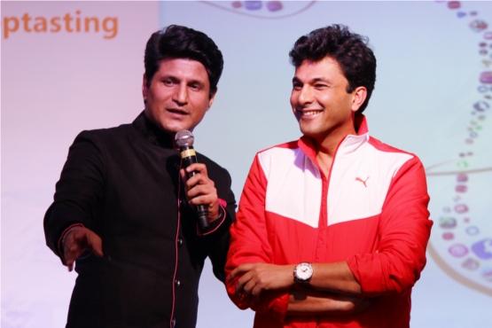 Hosts Vikas Khanna & Rajiv Makhni