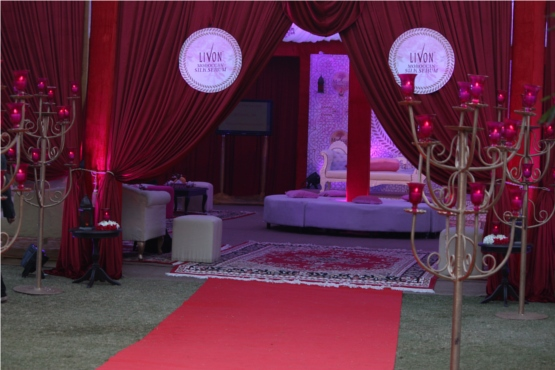 Livon Moroccan Silk Serum is launched in Delhi. The launch event was around Moroccan theme. Here is the Moroccan tent with was the centre of the event.